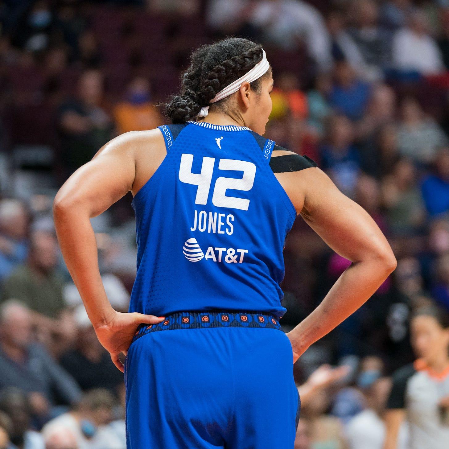 Brionna Jones of the Connecticut Sun