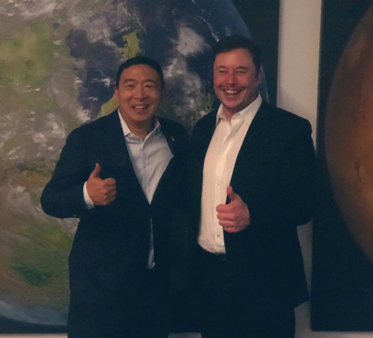 "Andrew Yang🧢🗽🇺🇸 on Twitter: ""Thank you @elonmusk for all that you do -  you lead us all to think bigger about the future. 😀👍🚀… """