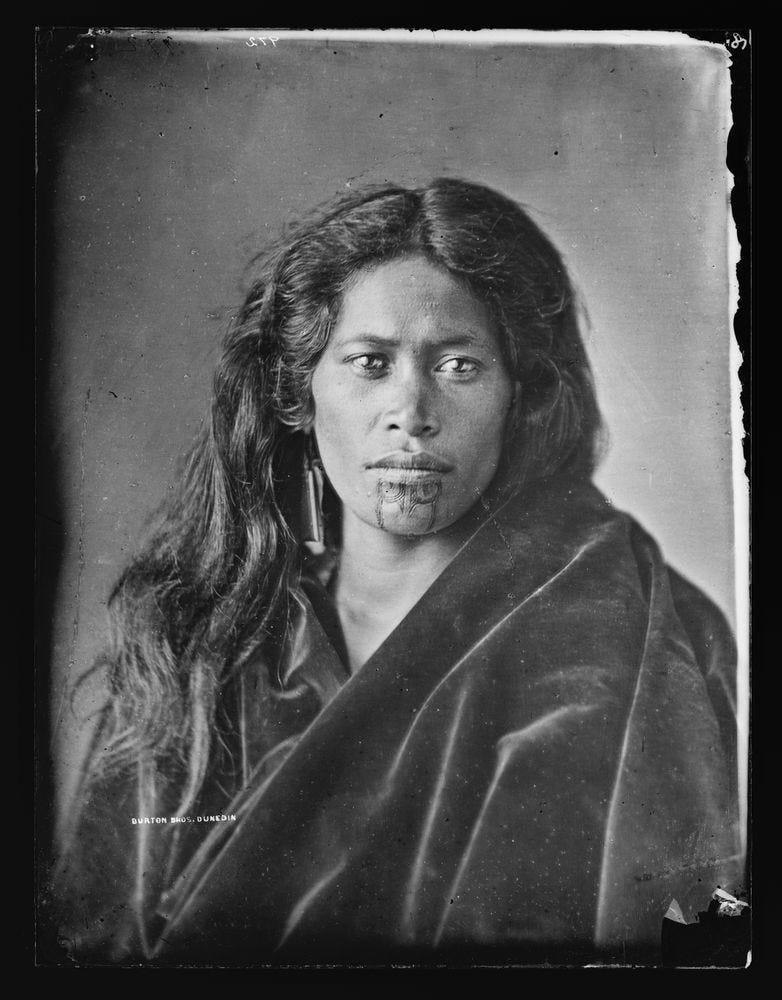 Maori woman | Collections Online - Museum of New Zealand Te Papa Tongarewa