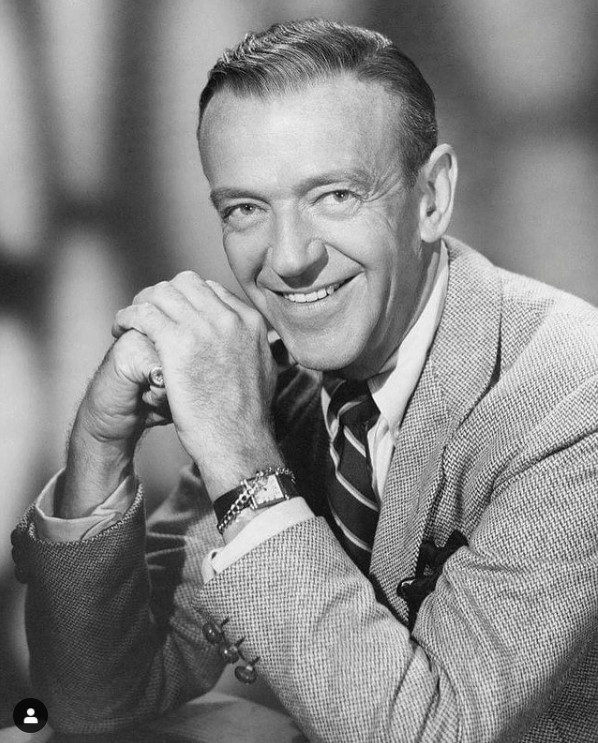 Actor and dancer Fred Astaire with his Cartier Tank Obus circa 1960 | Source:  Nick Gould