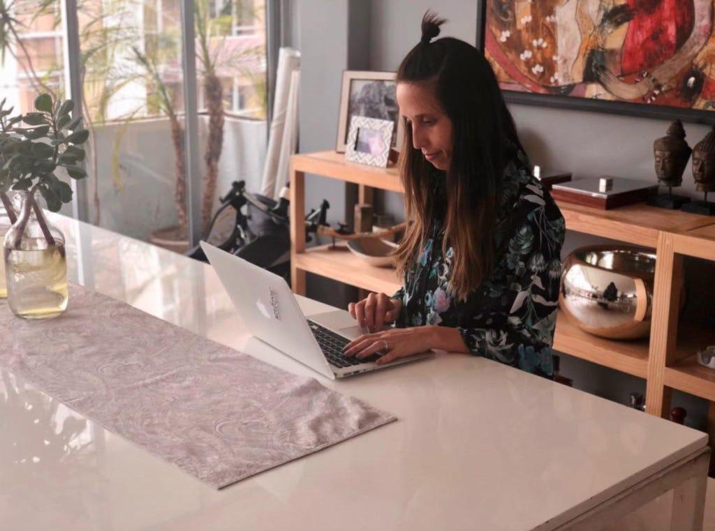 Sara Rosenthal, creadora Naran Xadul
