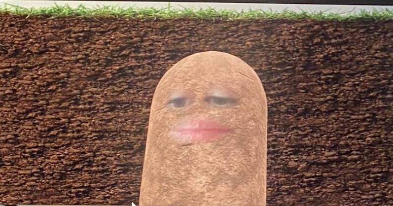 Lizet Ocampo as a potato