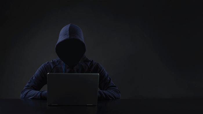 Faceless Hacker.jpg