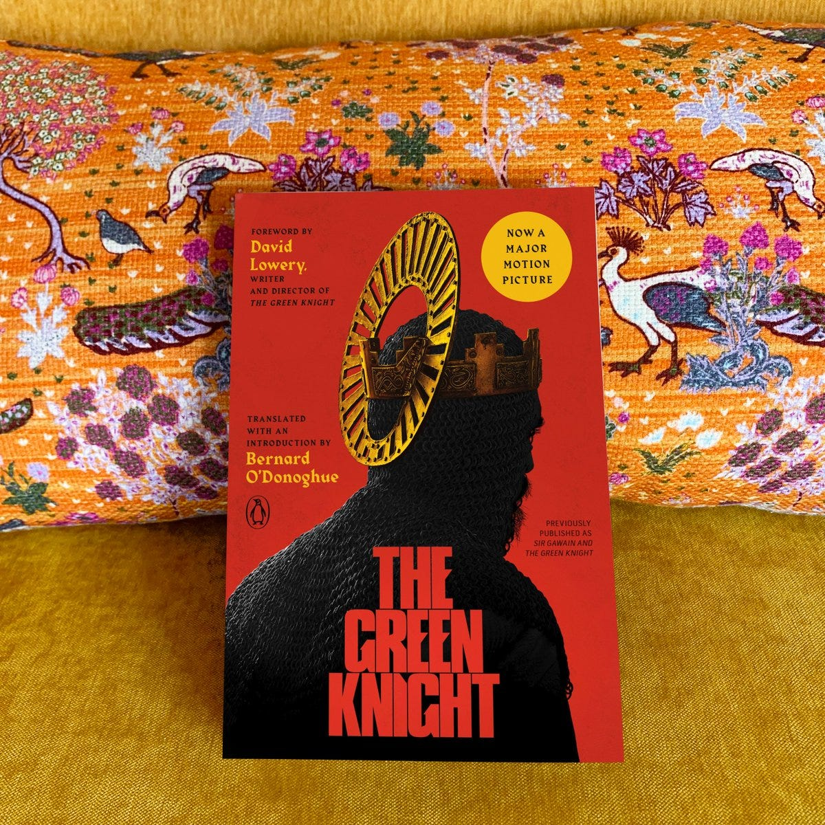 """Penguin Books on Twitter: """"It is finally here! Check out our gorgeous movie  tie-in edition of THE GREEN KNIGHT with a foreword by the film's writer and  director, David Lowery! Tell us,"""