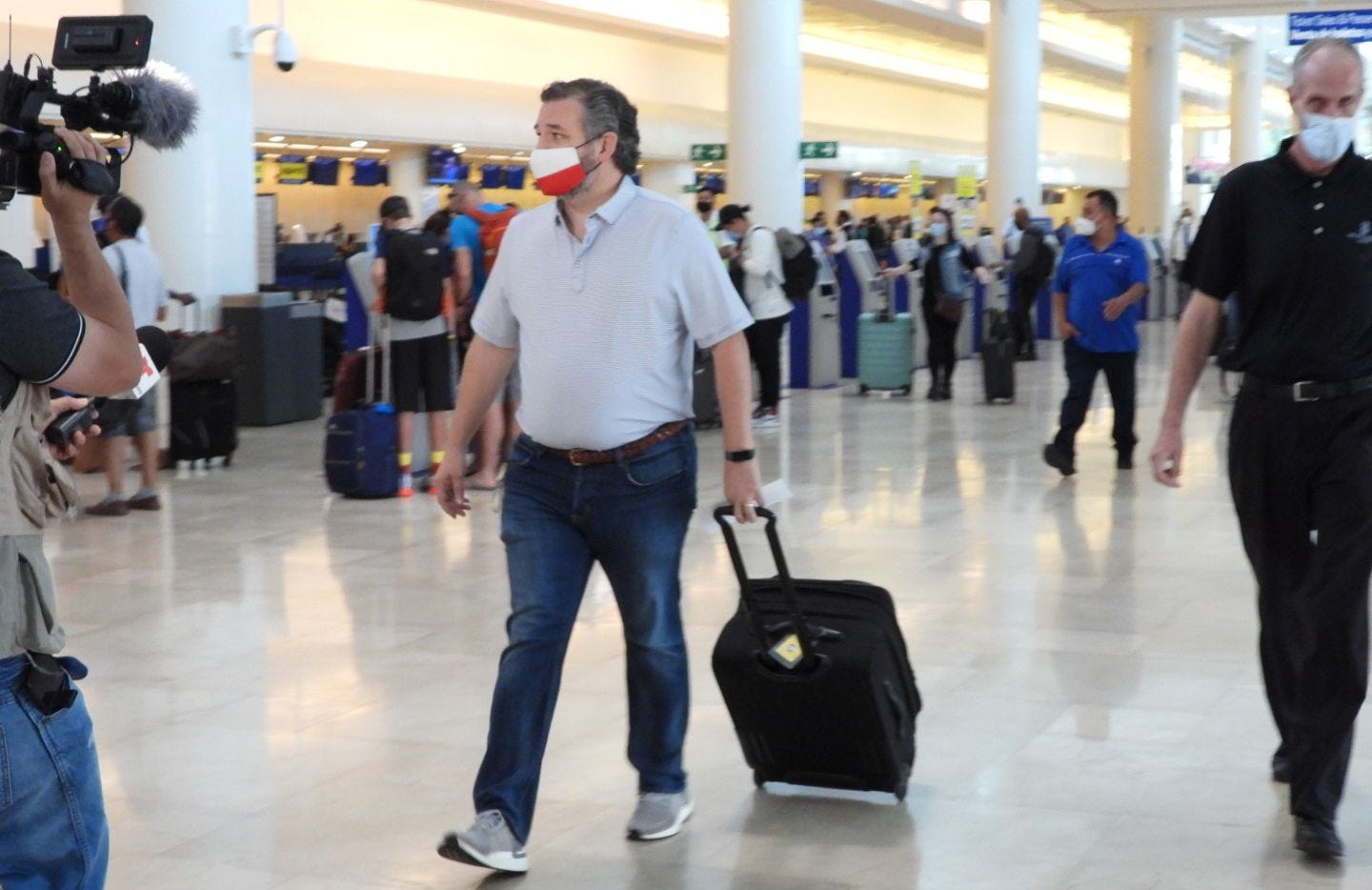 Image result for Ted Cruz airport Cancun