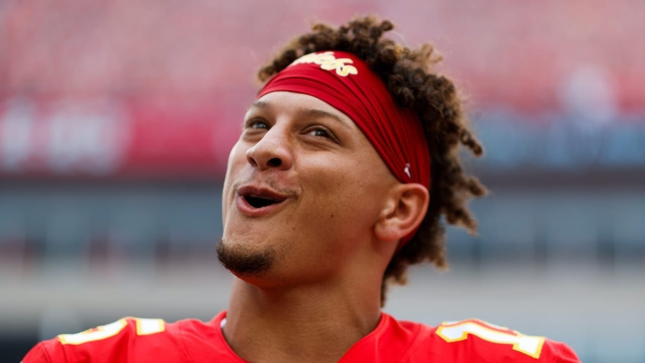 Patrick Mahomes But If You LAUGH You Lose - YouTube