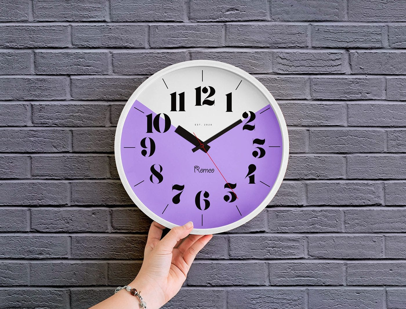 Free Wall Clock Mockup PSD скачать бесплатно | Каталог графики