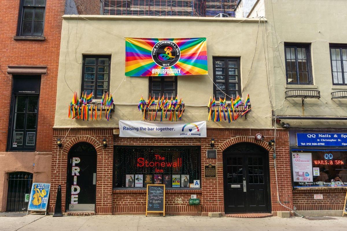 Bar Stonewall Inn pede ajuda para não encerrar as atividades