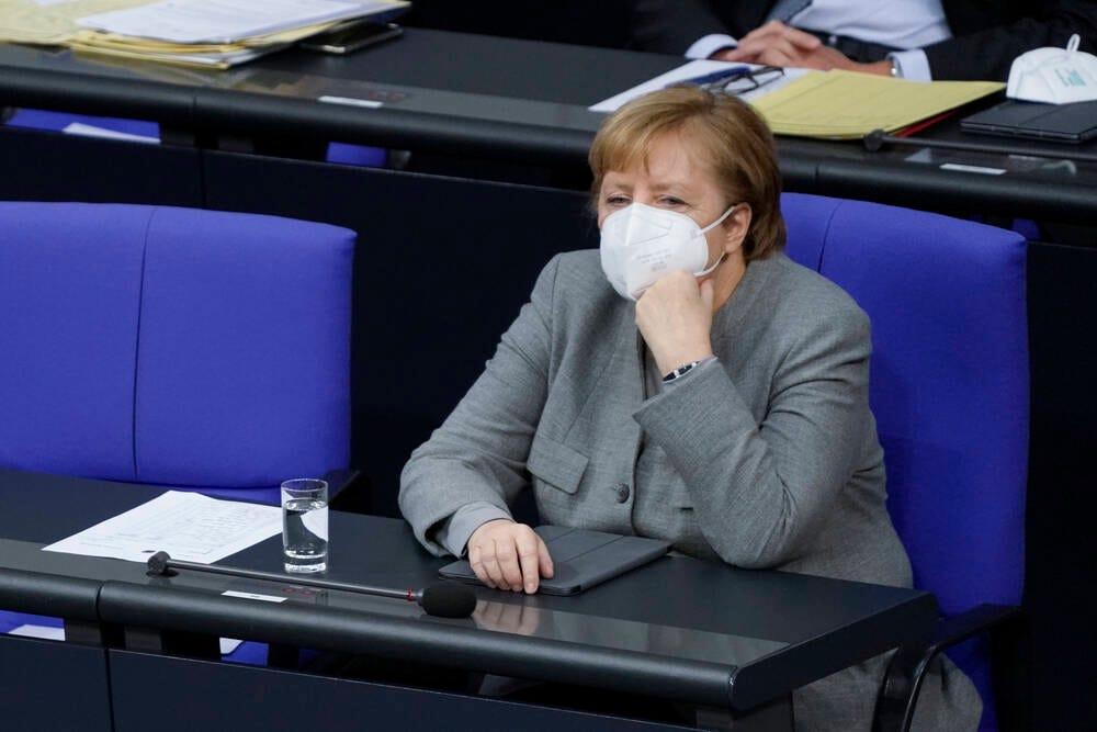 Angela Merkel, tired of parliament?