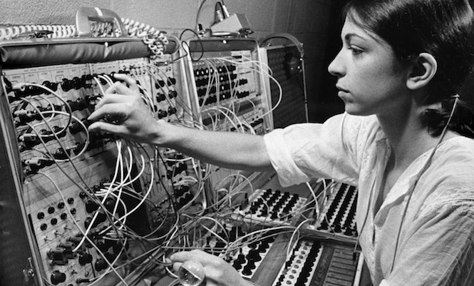 Suzanne Ciani's 1975 Buchla Concerts get vinyl release from Finders Keepers  - The Vinyl Factory
