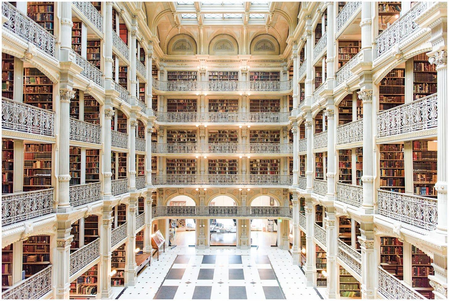 George Peabody Library | A Baltimore, MD Wedding Venue Tour | caitkramer.com