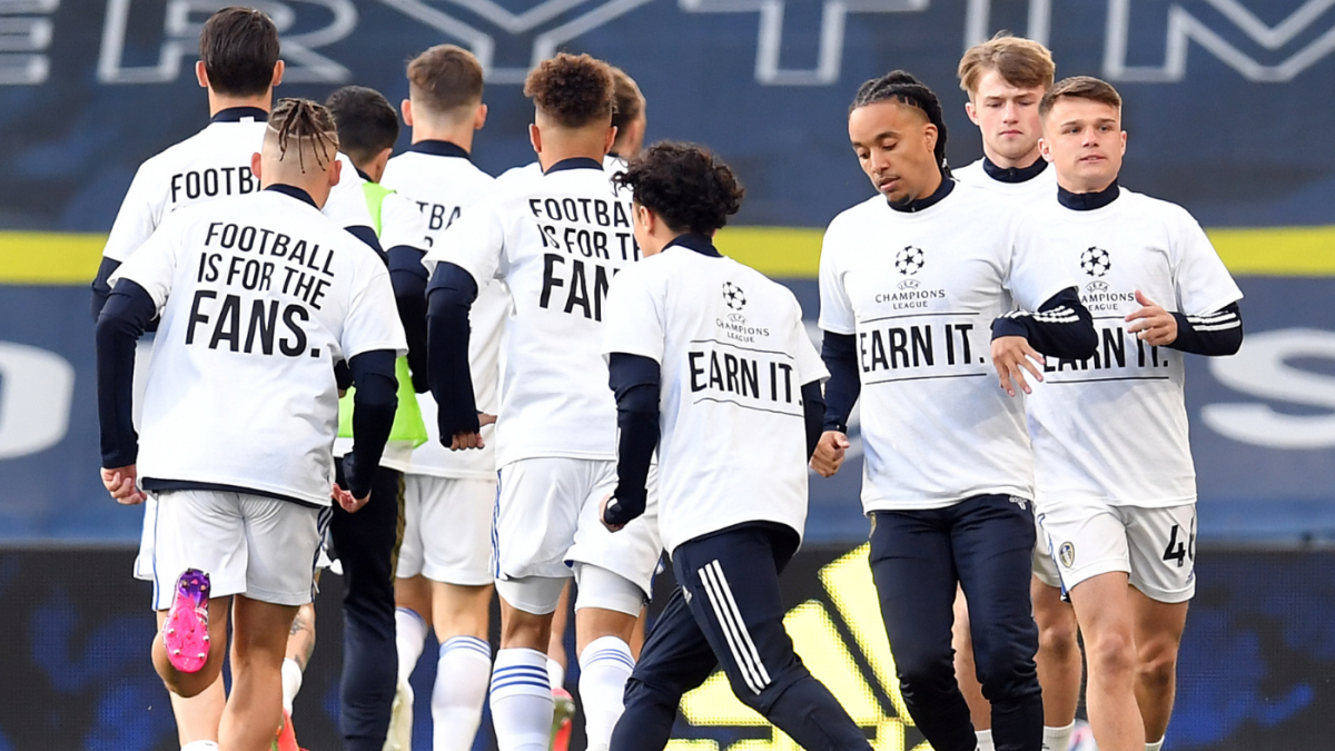 Leeds United players call out Super League on t-shirts before Liverpool  match: 'Football is for the fans' - CBSSports.com