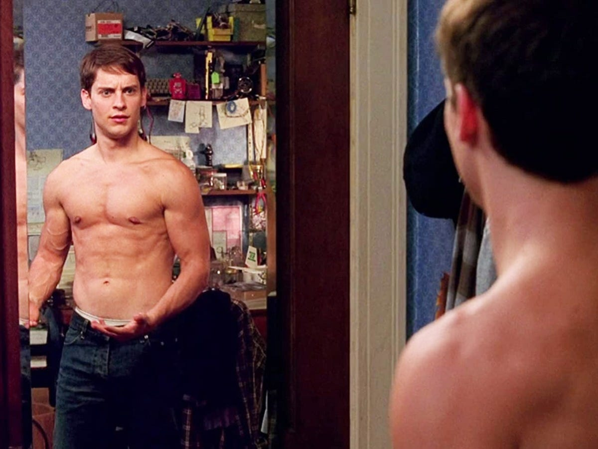 How Tobey Maguire Transformed His Body For 'Spider-Man' Through Workout &  Diet