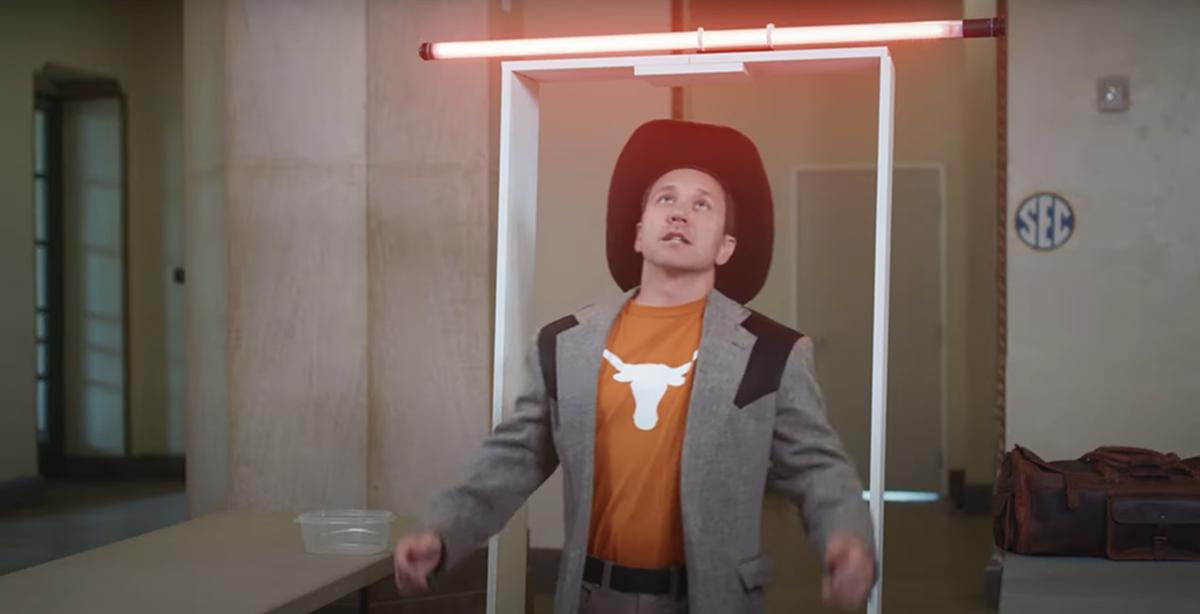 SEC Shorts: Texas gets held up at SEC security