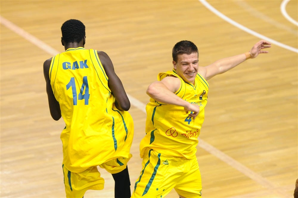 Deng Gak and Dejan Vasiljevic @ the FIBA U19 World Championship | Photo credit: FIBA