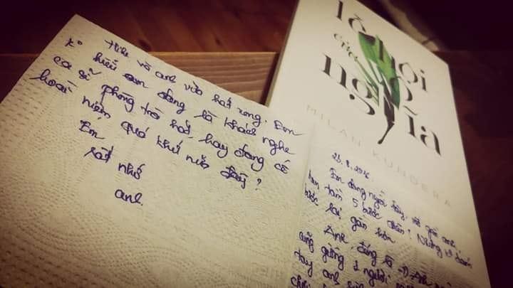 Một bức thư kẹp trong sách ở Tổ Chim Xanh