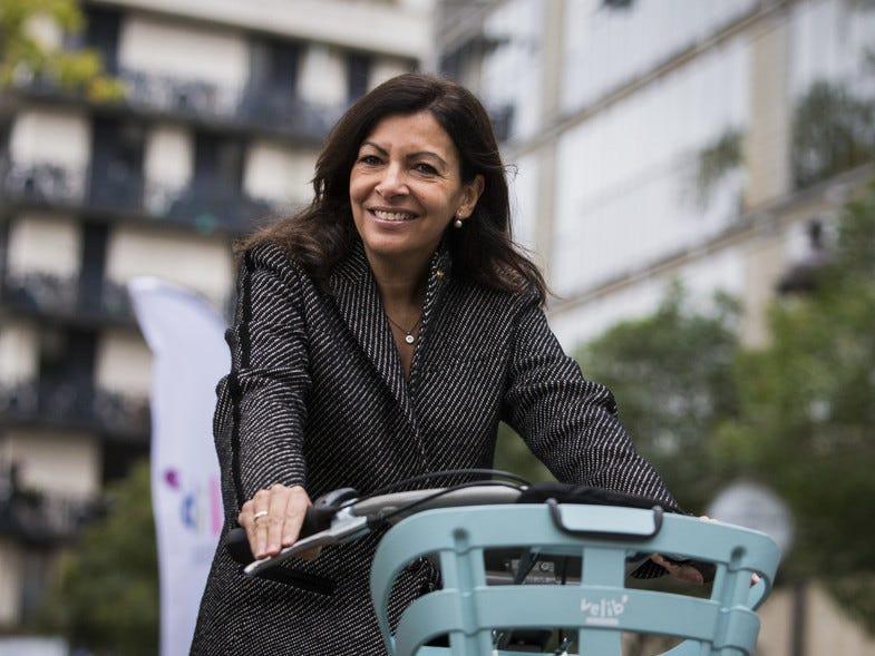 Feminista, flamenca y gaditana: el lado más personal de Anne Hidalgo, la  reelegida alcaldesa de París