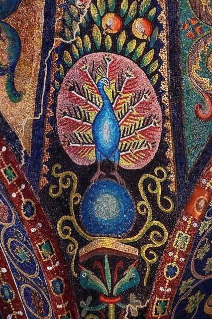 Peacock Mosaic in San Vitale Basilica, Ravenna, Italy   Arte bizantino,  Mosaicos bizantinos, Arte antiguo