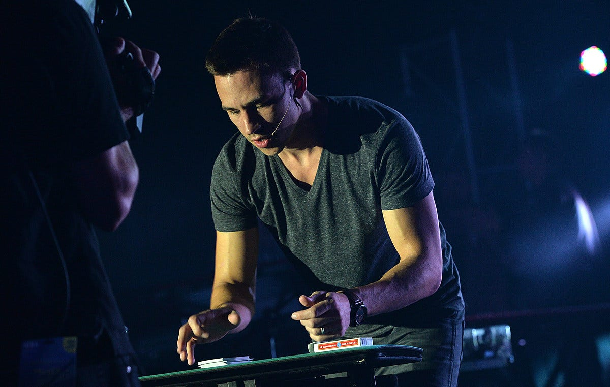 Magician Justin Flom Mixes Music & Card Tricks Together ...