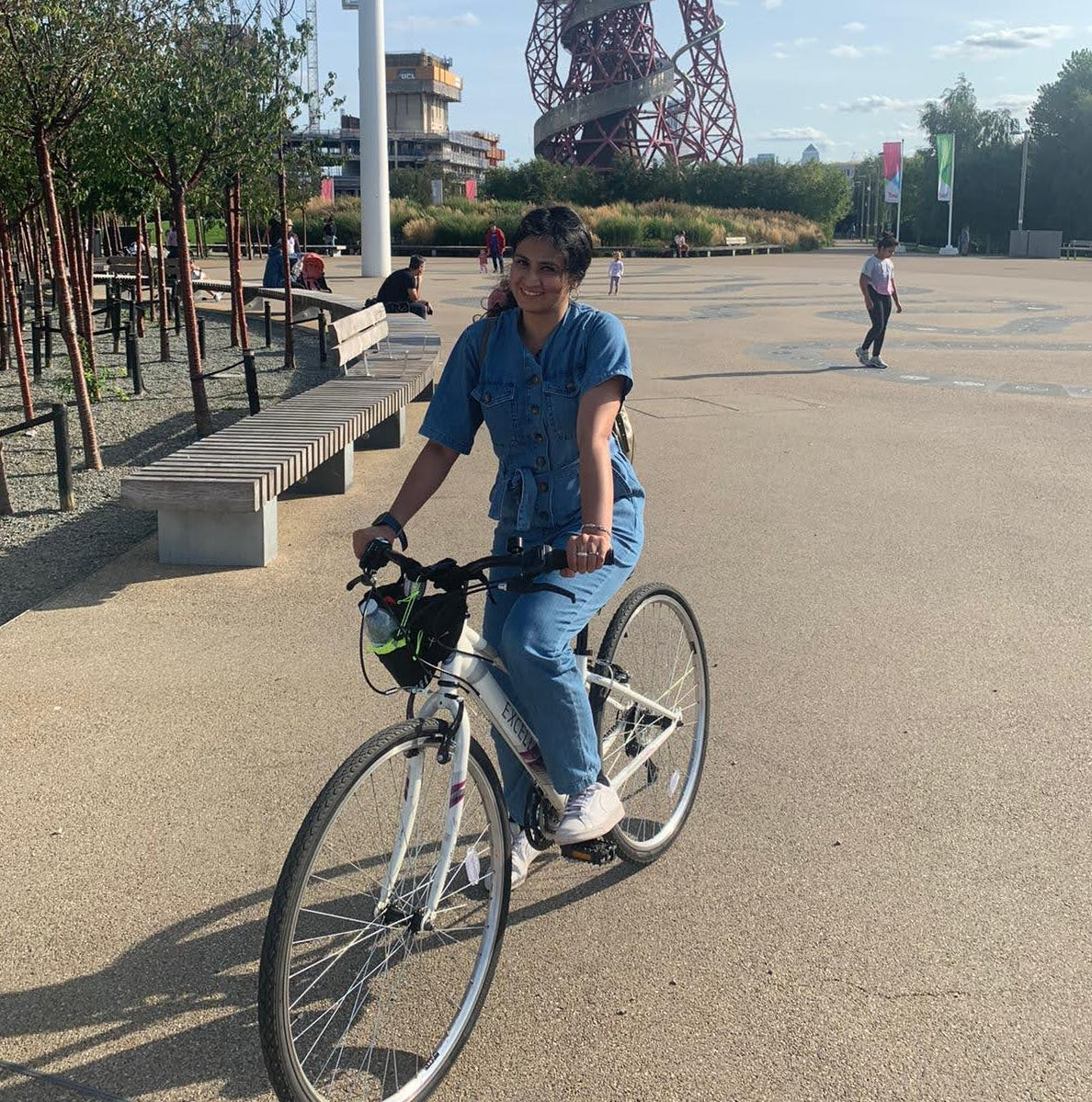 picture of arfah on a bike in olympic park