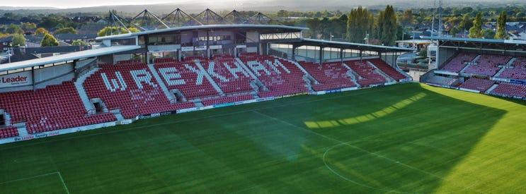Glyndŵr University Racecourse Stadium - Wrexham Glyndwr University