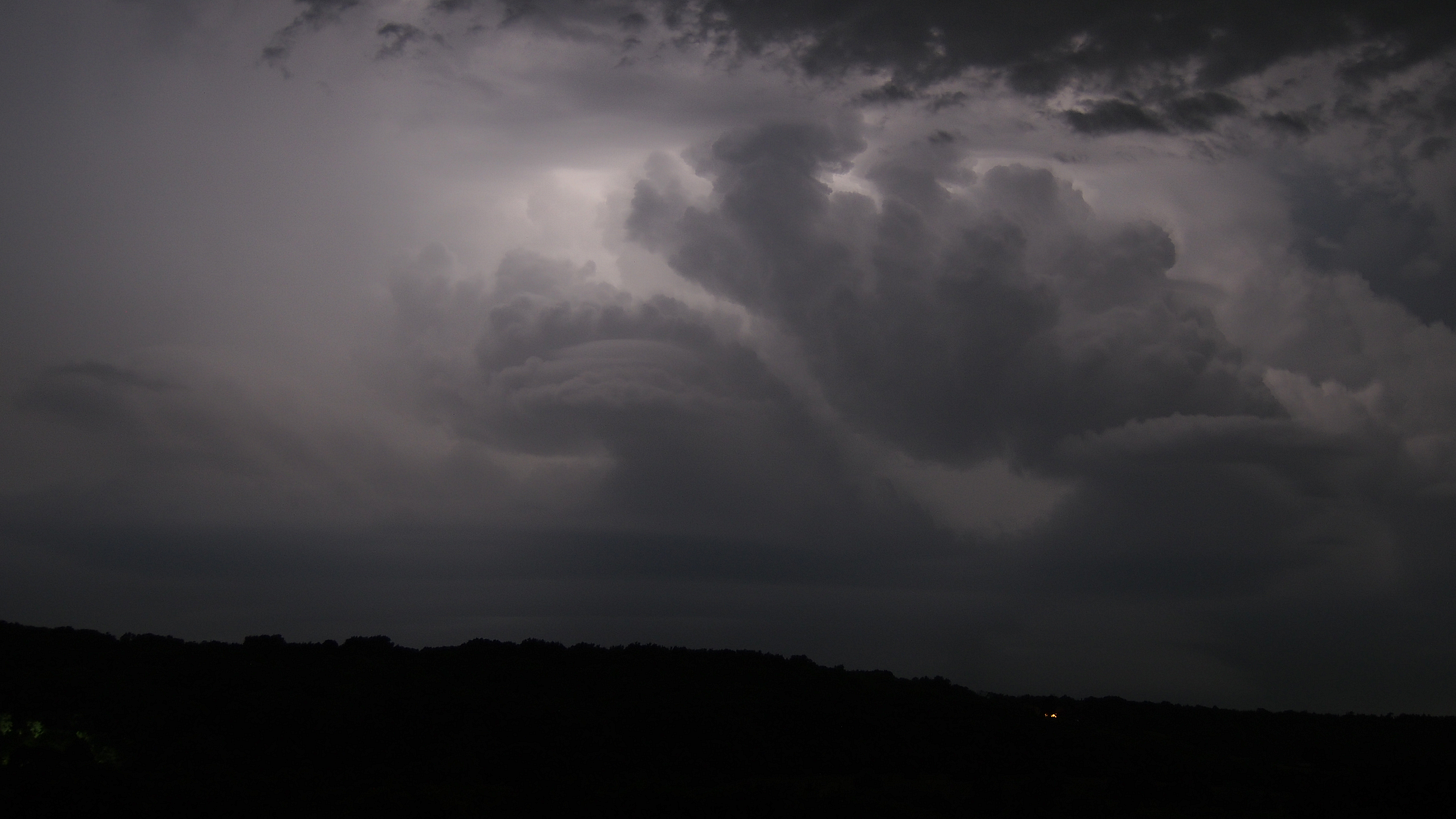r/meteorology - nighttime thunderstorm lit from within: this was a very dynamic, complex, rapidly changing storm