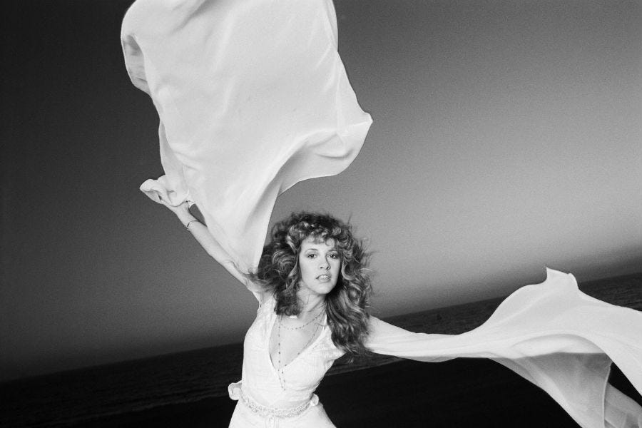 Stevie Nicks by Neal Preston. Roof top. | Stevie nicks, Stevie, Stevie  nicks fleetwood mac