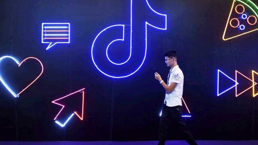 Chinese tech stocks rally after regulatory compliance pledge