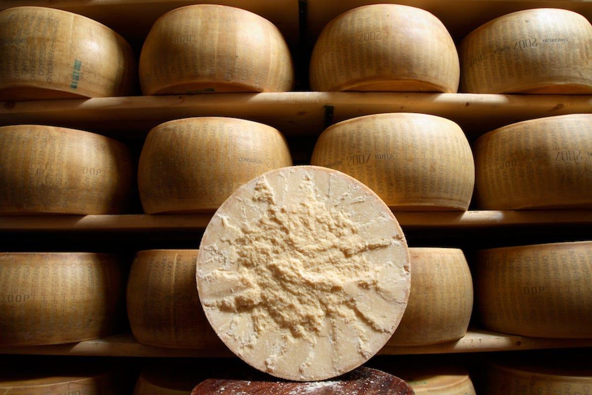 Bertozzi Products | Quality Italian Exports | Fine Italian Cheeses