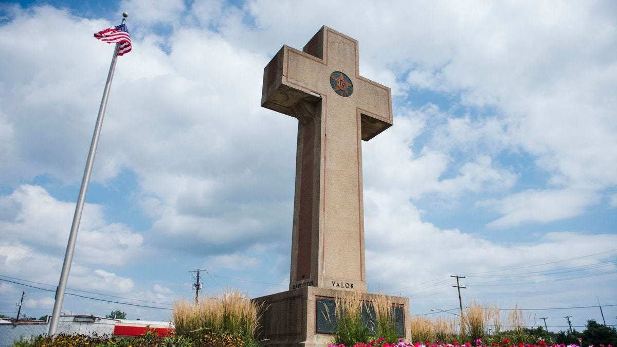 Appeals court rules that Peace Cross in Bladensburg violates the  Constitution - Baltimore Sun