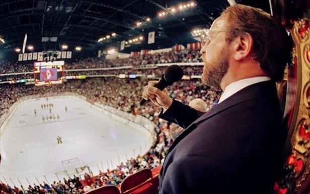 31 Years Ago: Blackhawks Fans Start Cheering The Anthem – Chicago  Blackhawks History and Memories