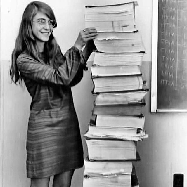 Grandes Nomes da Computação: Margaret Heafield Hamilton. - CBSI | SISTEMAS  DE INFORMAÇÃO.