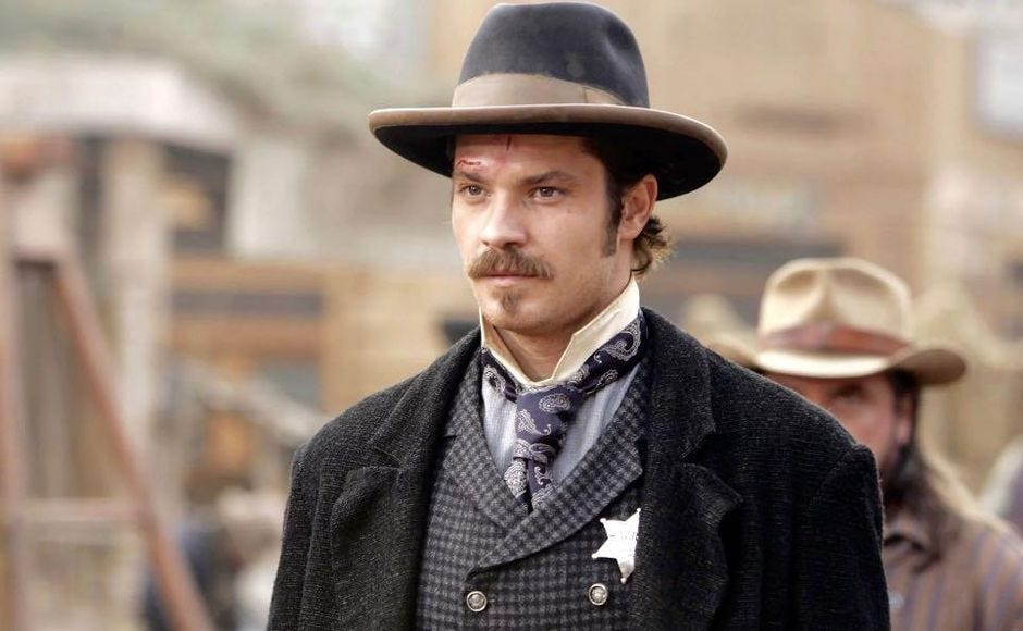Star Wars The Mandalorian casts Deadwood's Timothy Olyphant - CNET