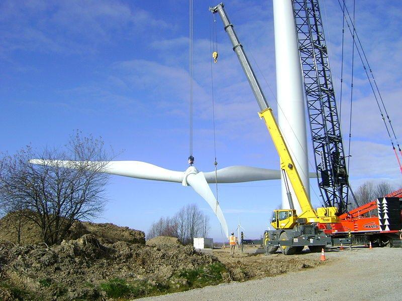 File:High Sheldon Turbine.jpg