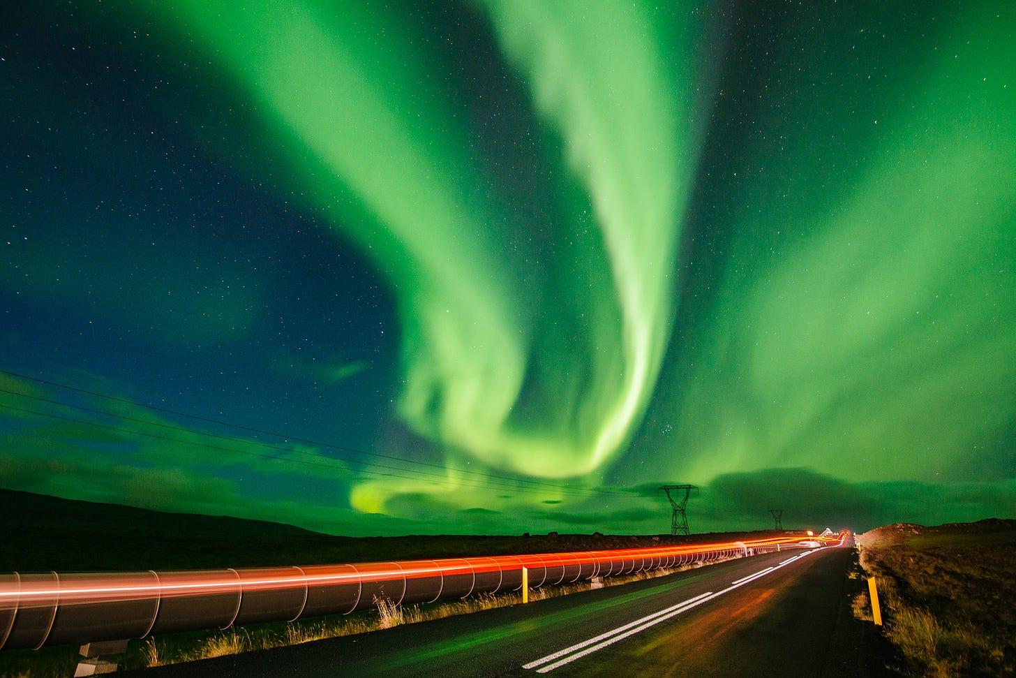 14-iceland-aurora-4375-pete-carr.jpg