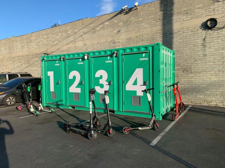 Charge SmartHub_Los Angeles