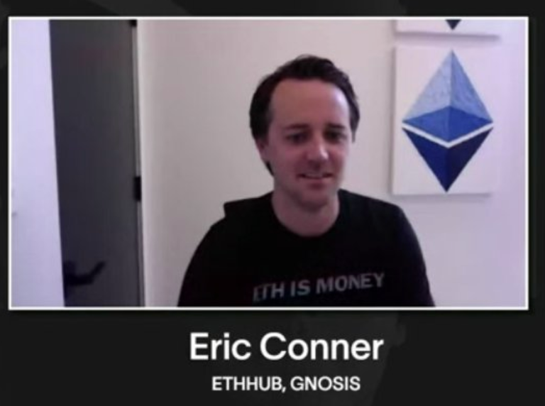 "Eric Conner, desenvolvedor do Ethereum, com a camisa ""ETH IS MONEY"""
