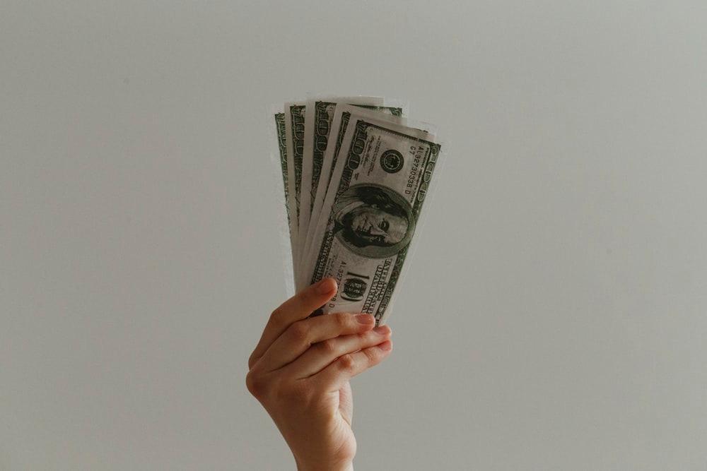 100 US dollar banknote