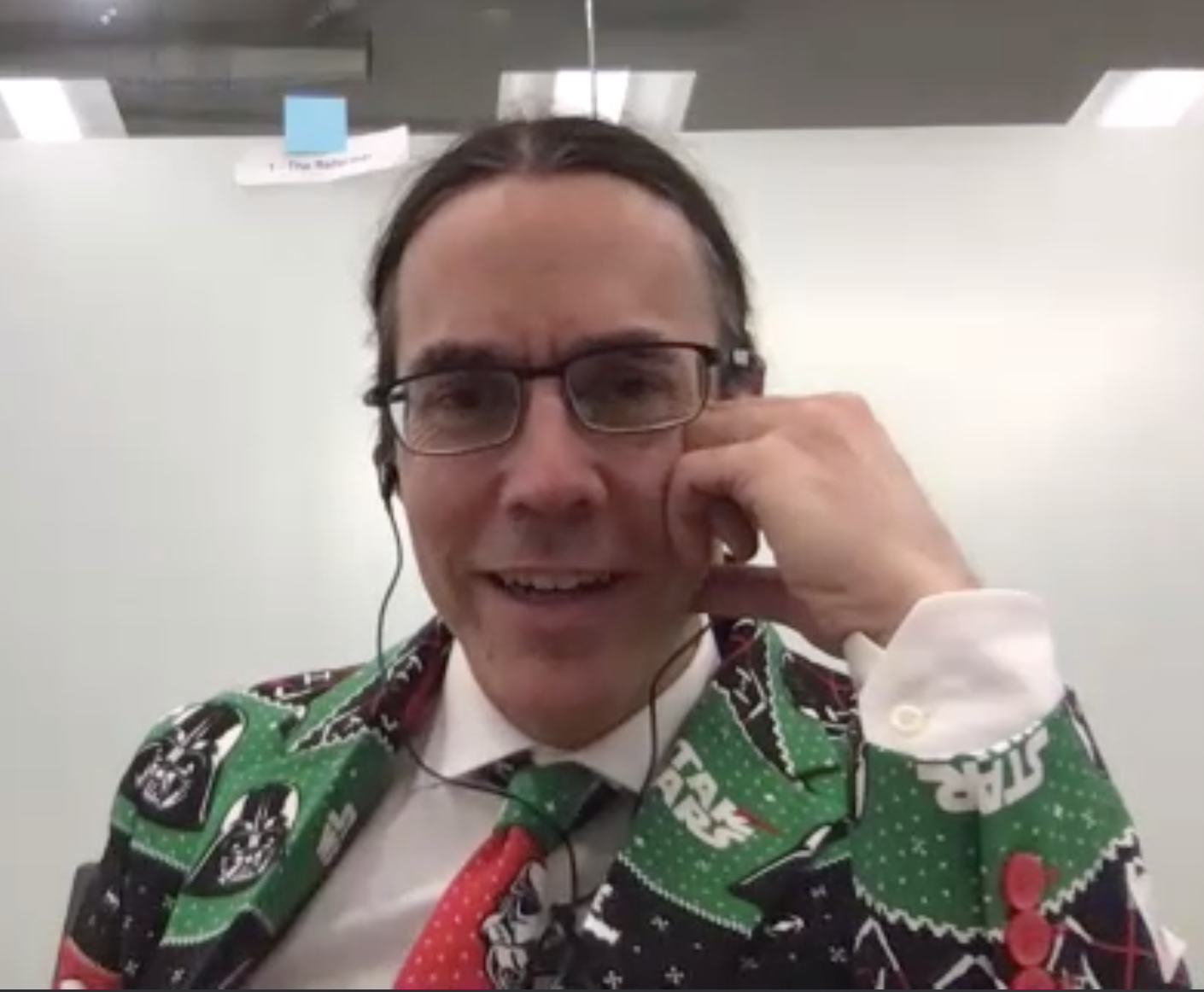 Joe's amazing Star Wars' Christmas themed suit and tie!