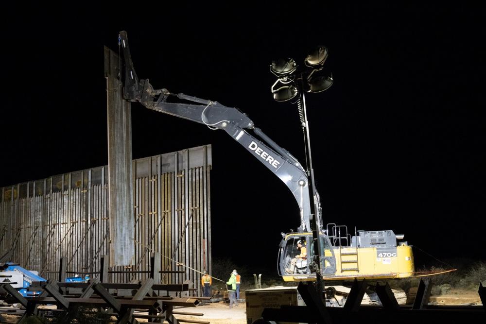Border Barrier Construction: El Paso 1