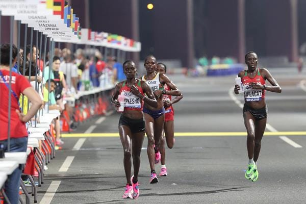 Midway leaders in the women's marathon at the IAAF World Athletics Championships Doha 2019 (Getty Images)