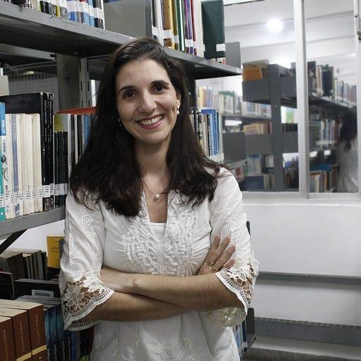 Lívia Vieira