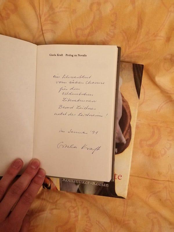 """Titelblatt von """"Prolog zu Novalis"""" mit handschriftlicher Widmung von Gisela Kraft"""